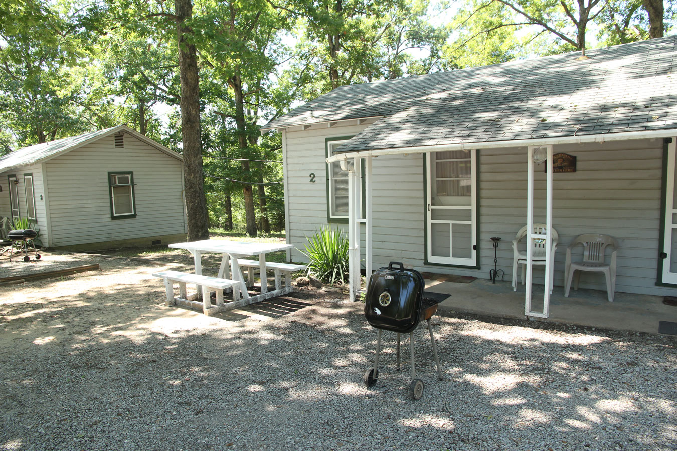 Bayou cabin rentals bayou cabins lake fausse pointe state for Lake fausse pointe cabins