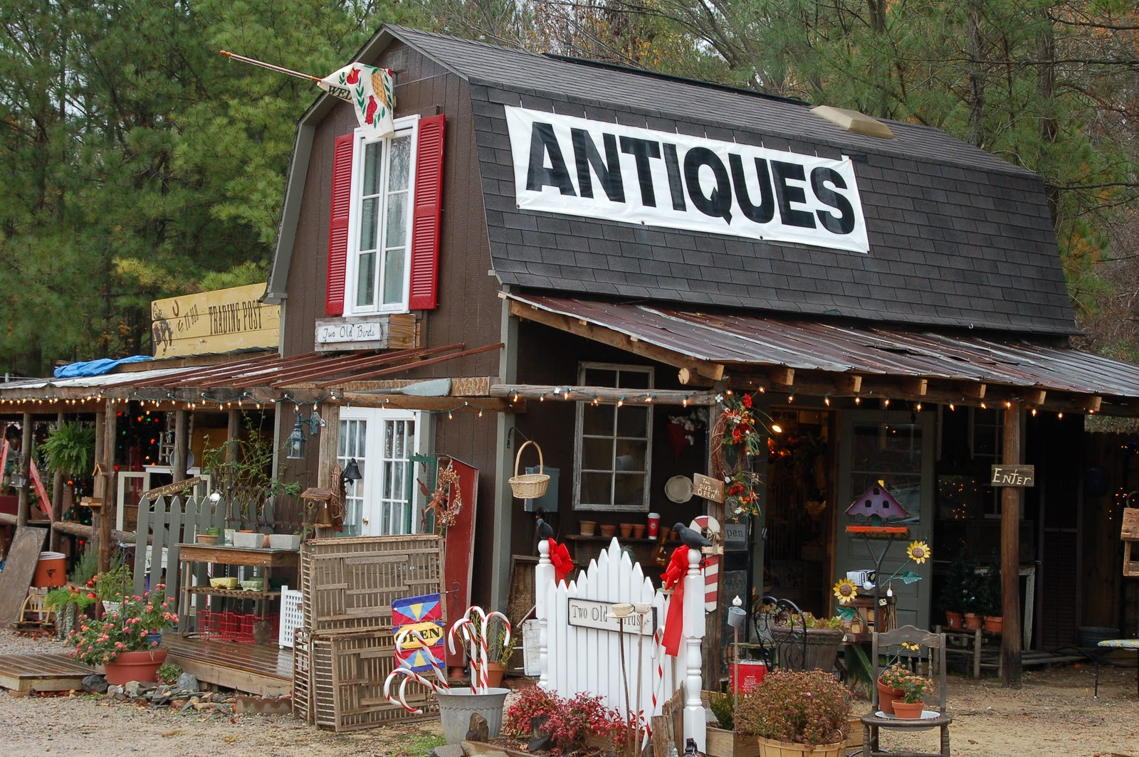 Antiques in mountain home arkansas bayou resort for Shopping for home